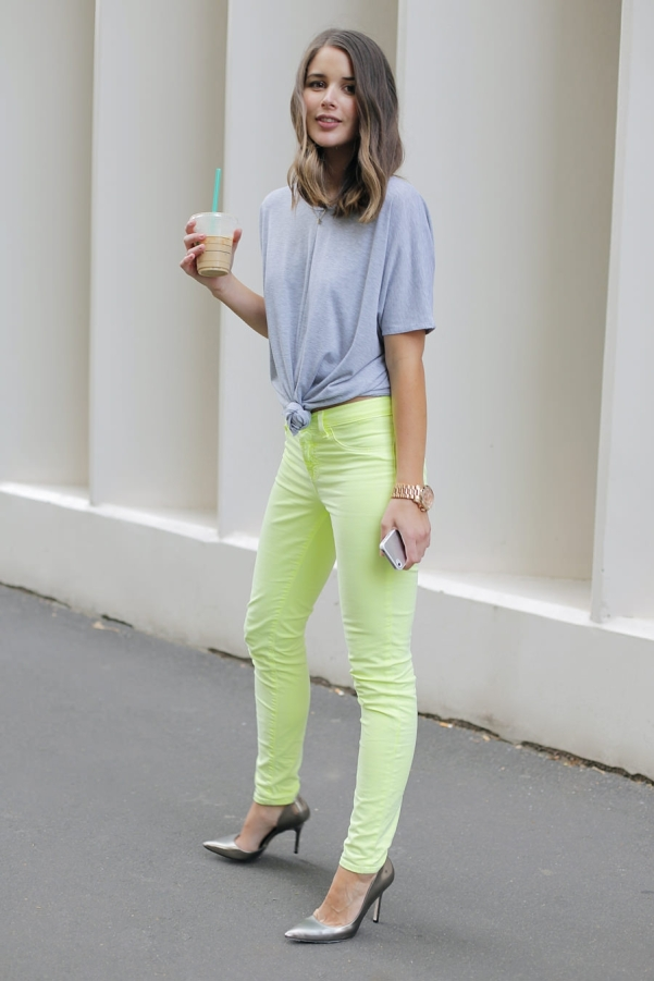 bknotted-t-shirt-style